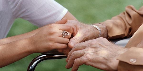 Otvorene prijave na program za gerontodomaćina-gerontodomaćicu!